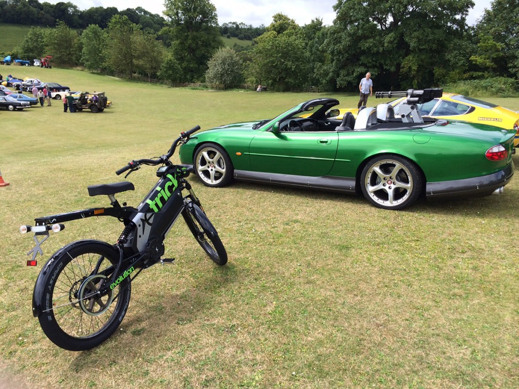 SEV eTricks Electric Bike with Bond Car